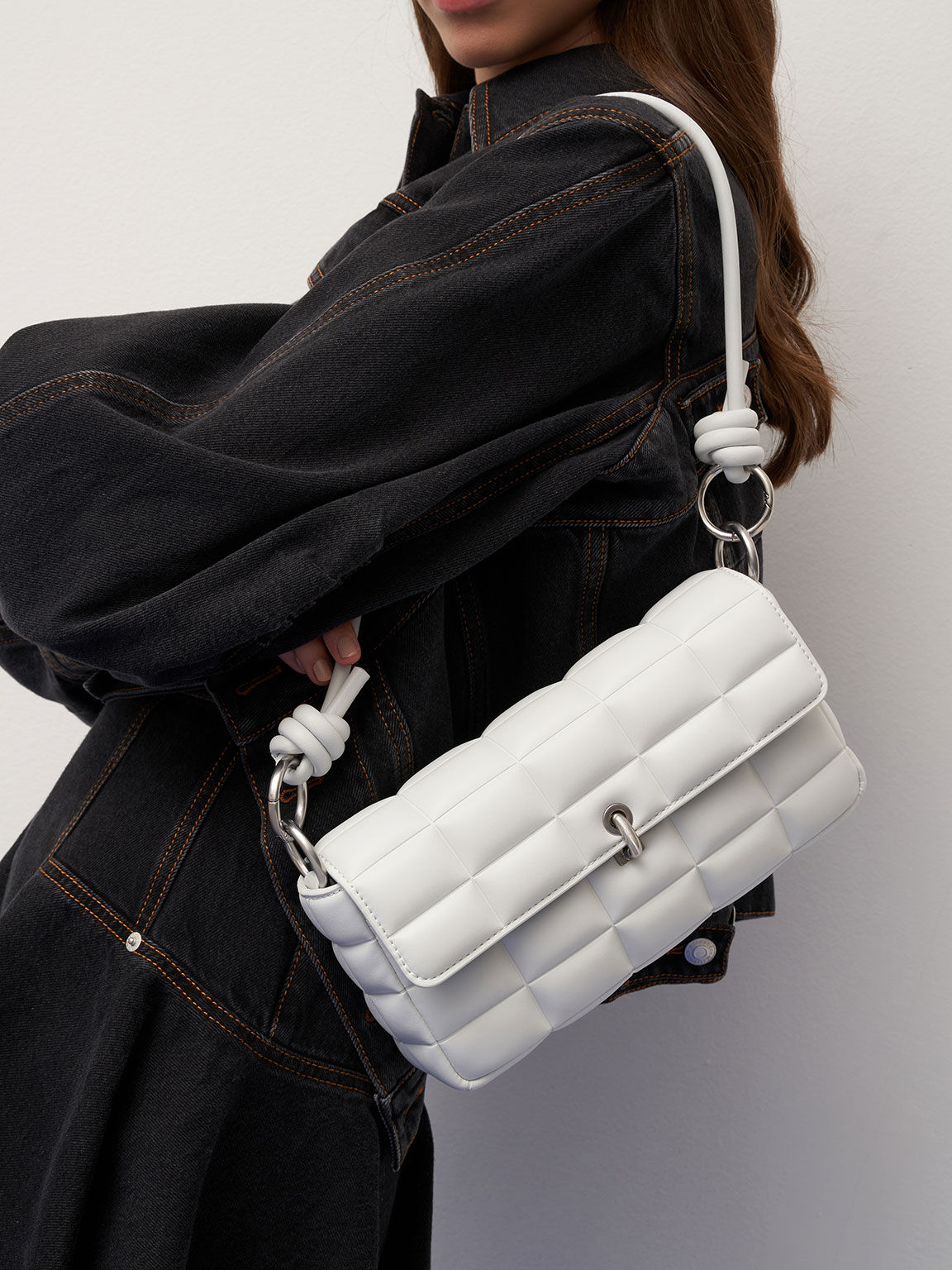 Chunky Chain Handle Quilted Shoulder Bag, White, hi-res