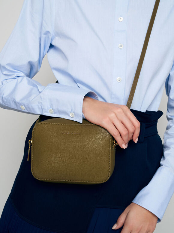 Chain Link Boxy Clutch, Olive, hi-res