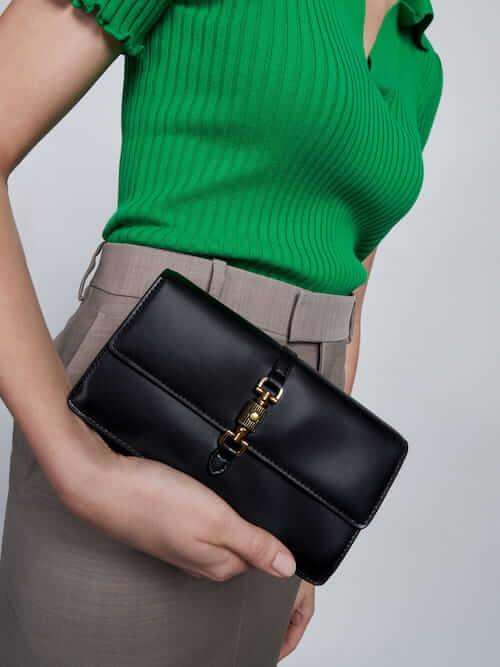 กระเป๋าสตางค์ Front Flap Push-Lock Long Wallet